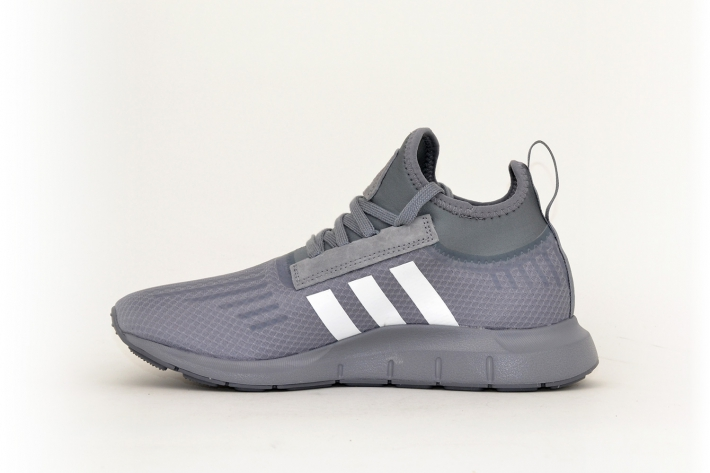 adidas Swift Run Barrier grau / weiß