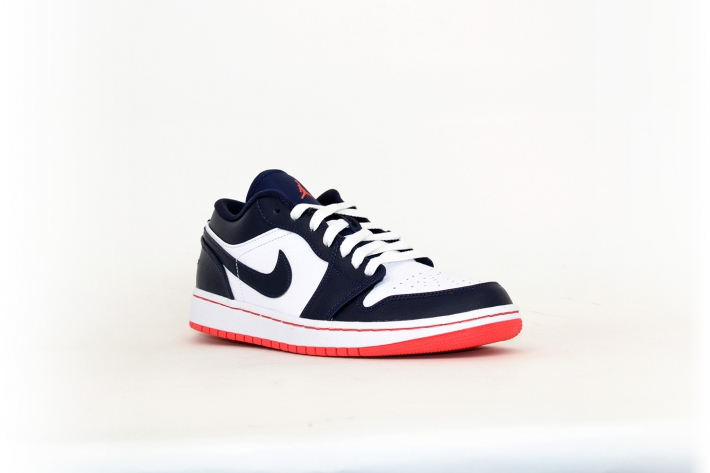 Nike Air Jordan 1 Low weiß / navy