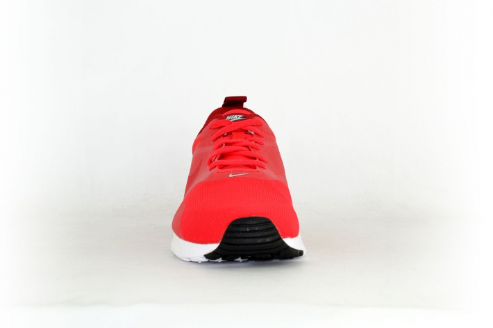 brand new 8bccc 42f8a Nike Air Max Tavas rot  weiß  mint
