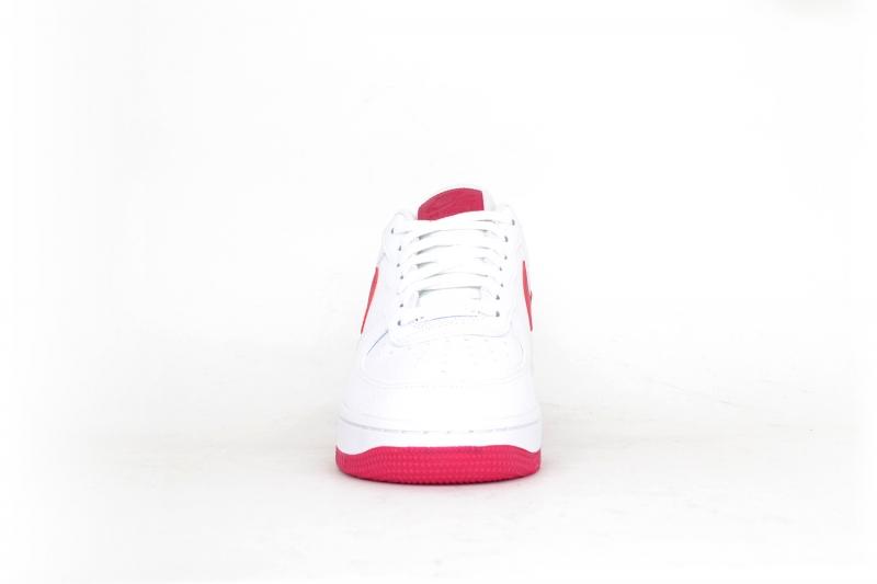 Nike Air Force 1 07 weiß / cherry rot