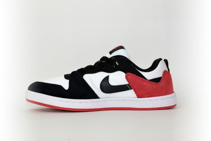 Nike SB alleyoop schwarz / weiß / rot