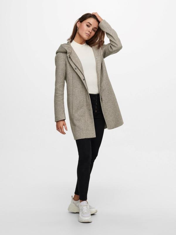 Only light coat Mantel beige
