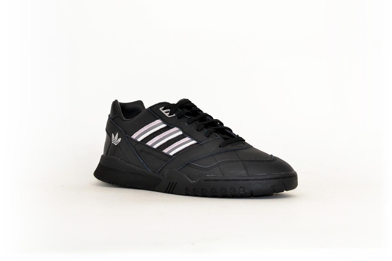 adidas A.R. Trainer W schwarz/rosa