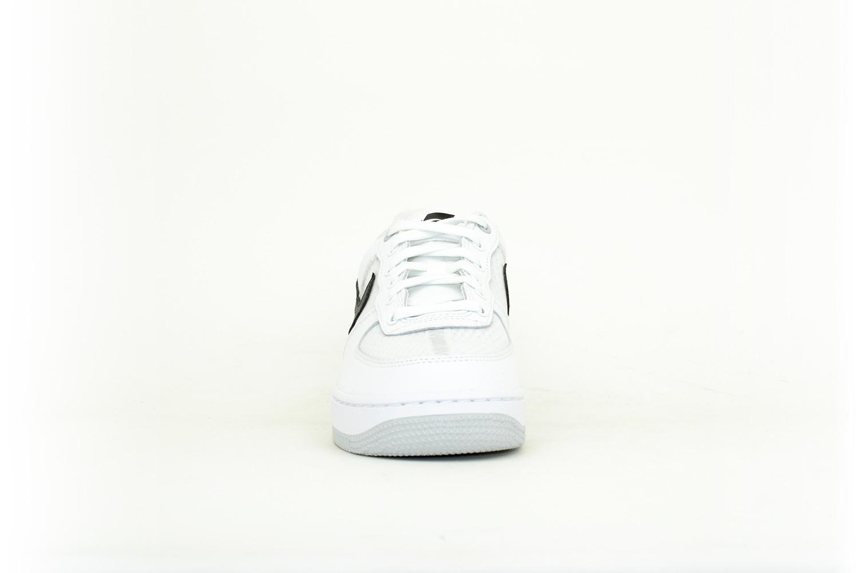 Nike Air Force 1 07 LV8 1 weiß / schwarz
