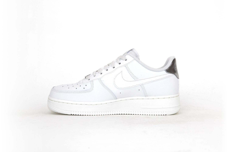 Nike Air Force platinum grey / white