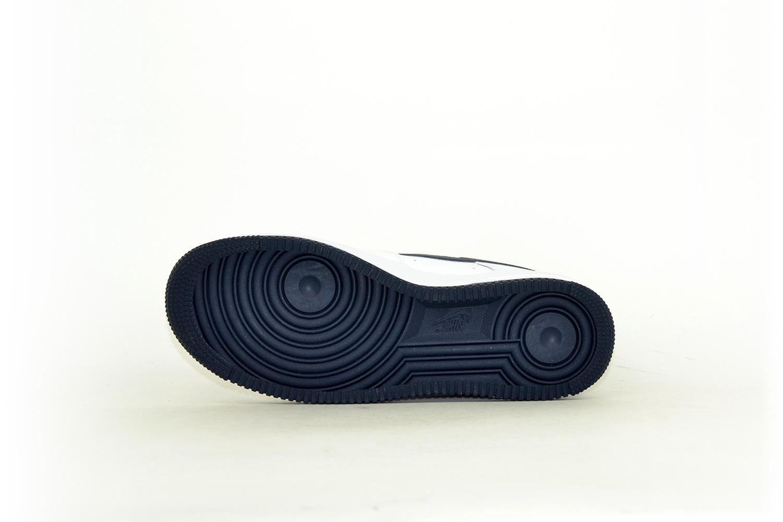 Nike Air Force 1 07 weiß / navy / dunkelblau