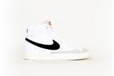 Nike Blazer Mid 77 VNTG weiß/schwarz