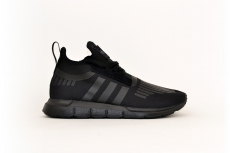adidas Swift Run Barrier black / schwarz