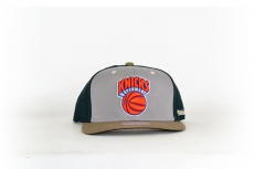 Mitchell & Ness Cap Knicks grey / black / beige