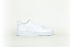 Nike Air Force 1 07 white / weiß