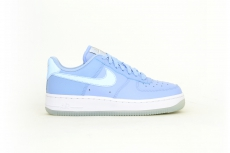 Nike Air Force 1 07 ESS hellblau