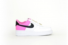 Nike Air Force 1 07 Se pink / weiß