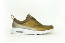 Nike Damen Air Max Thea Premium gold / metallic