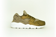 Nike Damen Air Max Huarache Run Premium oliv / gold