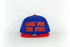 Starter Cap look for the star blue / red
